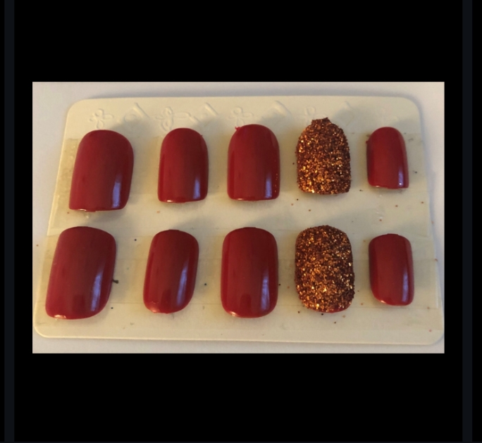 Red Square Glitter Nails